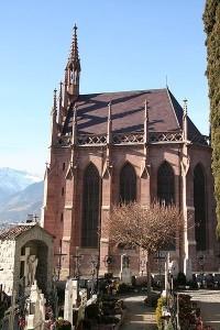 Das wuchtige Mausoleum, errichtet für Erzherzog Johann, einen ausgewiesenen Freund Tirols.